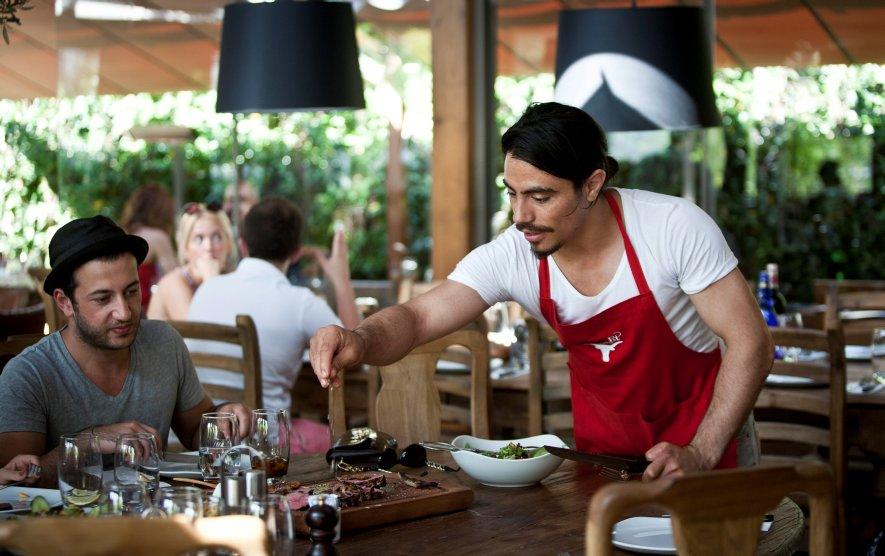 Resultado de imagen para Chef Nusret Gökçe
